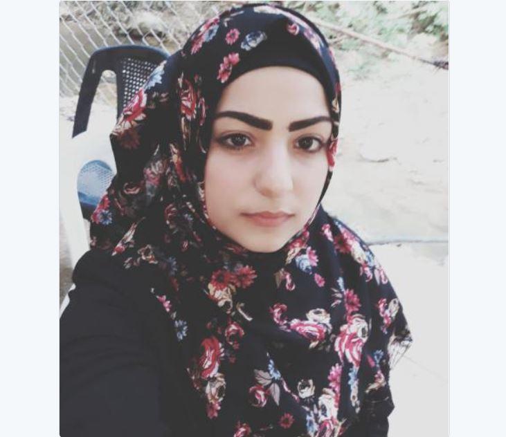 """الشابة """"حلا الحمداني"""" غادرت منزلها الكائن في محلة الميناء ولم تعُد.. هل شاهدتموها؟"""