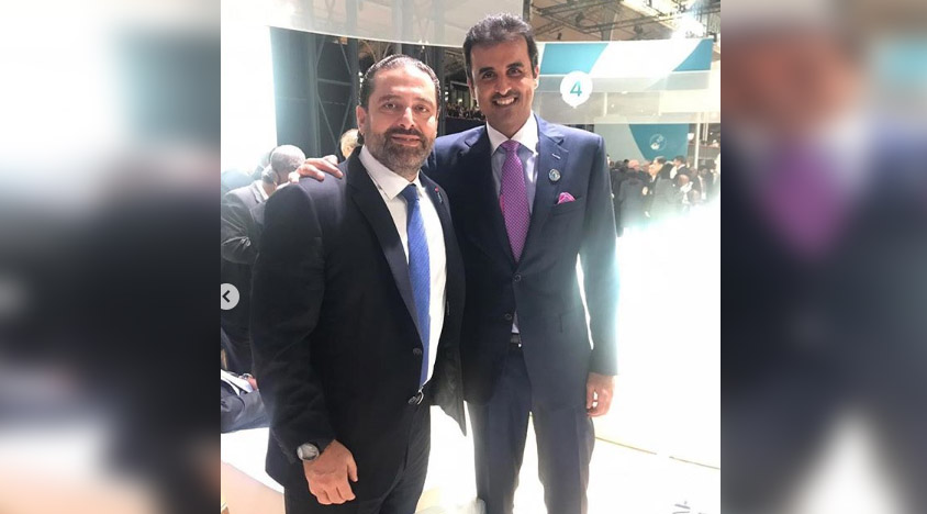 بالصورة / الحريري في صورة ملفتة مع أمير قطر في باريس.. والناشطون يعلقون: الله يبعد عنك المناشير يا دولة الرئيس!