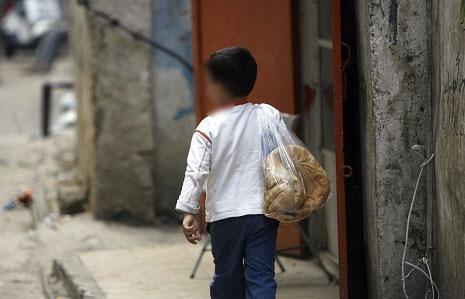 """وزير الشؤون الاجتماعية:""""سنقترح ان تؤمن """"التربية"""" تغطية 100% لاطفال الأسر الأكثر فقراً"""""""