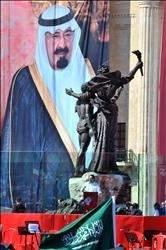 الحريري يخلع لقب «الدولة»: حربان بالتساوي على السلاح والحكومة
