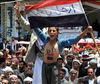 دول الخليج تقترح على صالح التنحي وتشكيل مجلس انتقالي