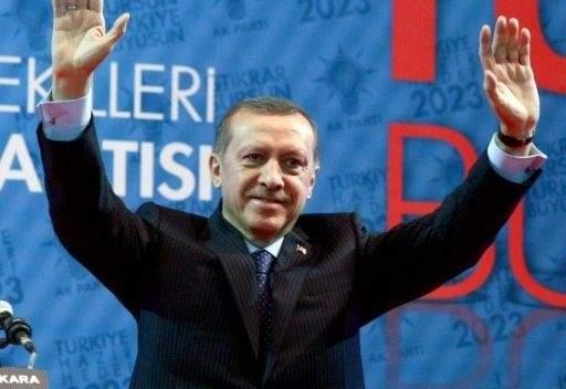 اردوغان: على القذافي اعطاء الحكم للشعب الليبي فورا