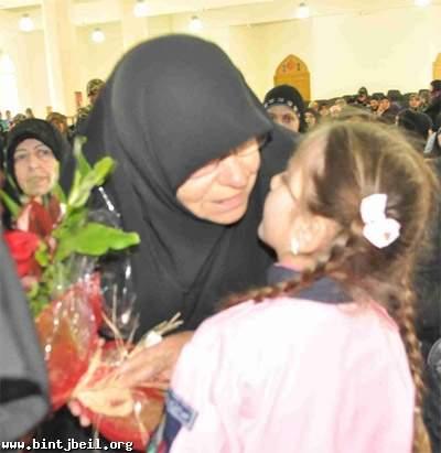 والدة الشهيد مغنية في بنت جبيل : هذه هي علاقة الشهيد ببنت جبيل