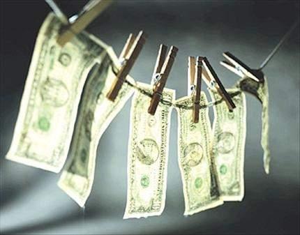 ;مليارات تدور بين المصارف و«الصيارفة» والتهرب الضريبي والطائرات الخاصة