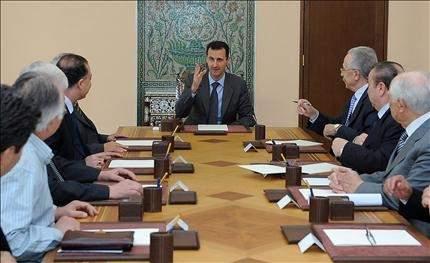 سـوريا تفتـح بـاب الحـوار رسـمياً الأسد يشكّل لجنة بصلاحيات كاملة وجدول زمني