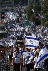 إسرائيل تحذر لبنان وسوريا: لن نسمح بالمس بسيادتنا