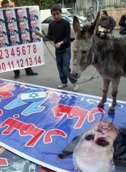 حسين الخليل يخصّب اليورانيوم