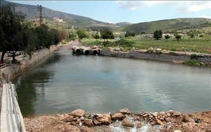 30 ألف متر مكعب من المياه تذهب هدراً ونبع الطاسة استهلك بنسبة 95 ٪