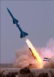 إيران تختتم مناورات «الرسول الأعظم» بإطلاق صواريخ أرض ـ بحر متطورة