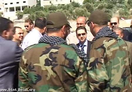 الوزير كرامي تفقد اماكن المواجهات في مدينة بنت جبيل