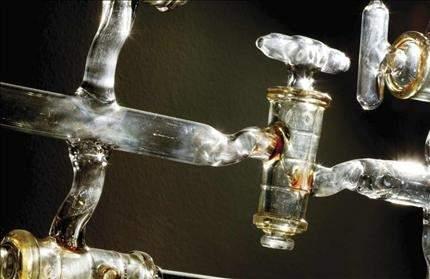 «السنة الدولية للكيمياء 2011»: حياتنا مطبوعة بها.. من الصبغة إلى أدوية السرطان