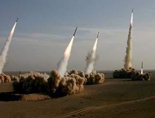 ايران: سنمطر إسرائيل بالصواريخ إذا تعرضت سوريا لإعتداء