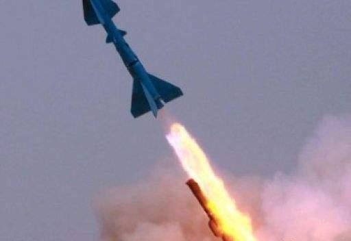 ايران تكشف عن صاروخ جديد مضاد للسفن