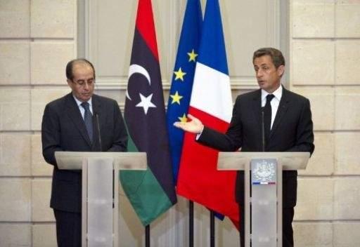 ساركوزي يؤكد مواصلة العمليات العسكرية في ليبيا ما دامت هناك حاجة لذلك
