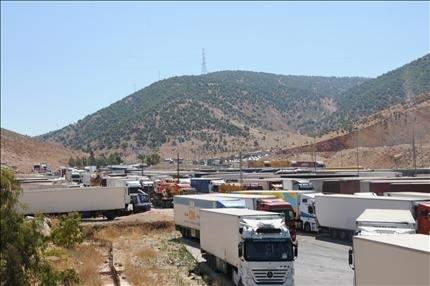 بعد ازدياد حوادث السير في المصنع: طريق مخصصة للشاحنات تمنع التجاوز