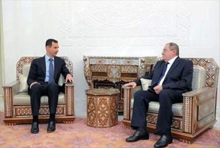 الأسد يلتقي غصن:  إشادة بضبط الحدود