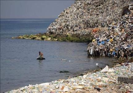 مخاوف من تفاقم أزمة «جبل النفايات» وتحويل صيدا إلى «عاصمة المشاريع السلبية»