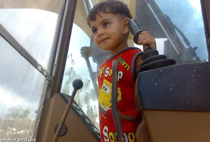 مصرع طفل غرقاً في حفرة تبديل الزيت في بنت جبيل