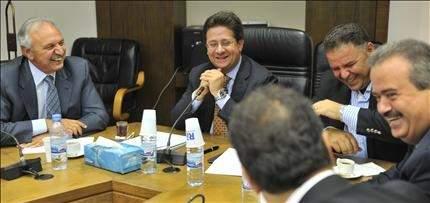 الصفدي يبحث عن تسوية لإقرار موازنة 2012: لا شيء في «المالية» صحيح