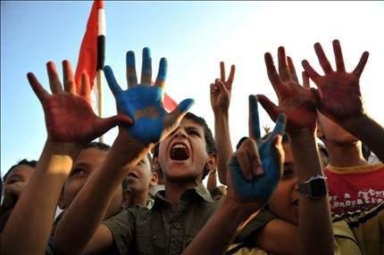 مسؤول أمني يمني: صالح لن يوقع المبادرة قبل إنهاء الاحتجاجات