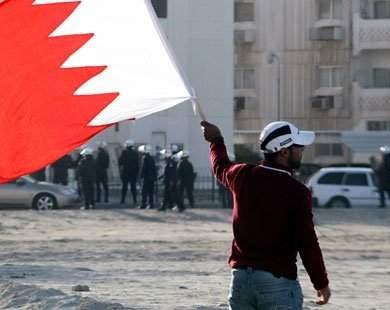 الطبيب ابراهيم العرادي يروي لـ«السفير» معاناة البحرين: منعوا علاج المصابين واستهدفوا الكادر الطبّي بوحشية