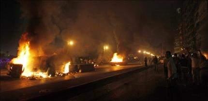 ثورة مصر تواجه التهديد الأخطر لانتصارها: عشرات القتلى والجرحى بين الجيش والأقباط