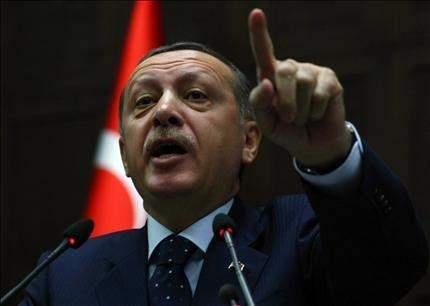 أردوغان ينصح ساركوزي بالاحتفاظ بنصائحه: يقول في فرنسا غير ما يقوله في أرمينيا وتركيا