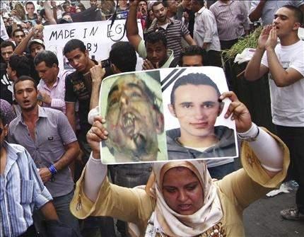 مصر: السجن سبعة أعوام لقاتلَي خالد سعيد