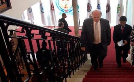 بلمار يطلب استدعاء «السلطات اللبنـانية» إلى التحقيق