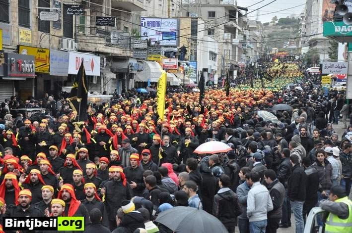 مسيرة عاشورائية حاشدة في الثالث عشر من محرم بمدينة النبطية ( مصور)