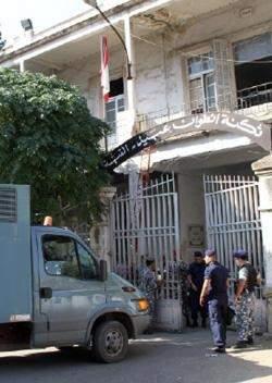 أزمة «مواصلات» في القبة: شاحنة واحدة لألف سجين