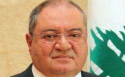 غصن: أفراد من القاعدة يدخلون لبنان