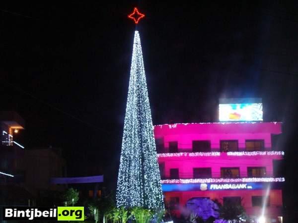 زينة الميلاد عمت مرجعيون واحتفالات ميلادية والاسبانية تزين شجرة الميلاد