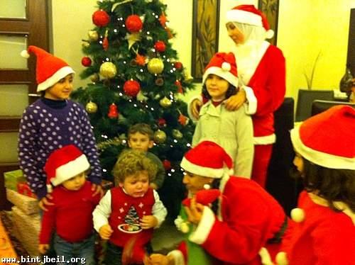 ابناء بنت جبيل احتفلوا بعيد الميلاد