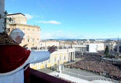بابا الفاتيكان يدعو الى وقف العنف في سورية