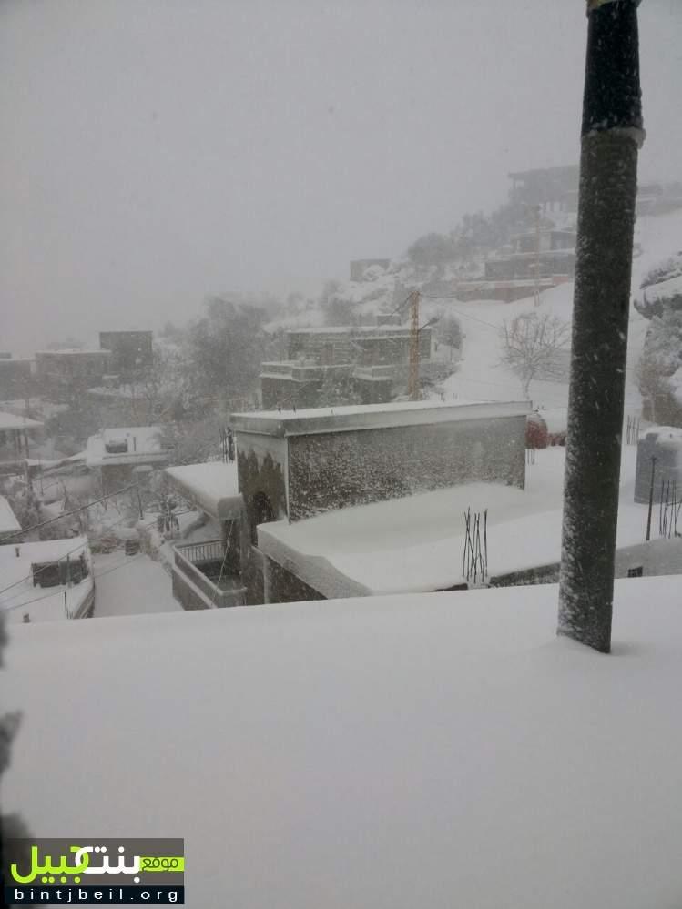 عاصفة تاريخية تضرب.. كتلة ضخمة من الغيوم المتماسكة ستعبر لبنان والثلوج ستبدأ بالإنهمار على شكل اكبر و اكثر من التساقط الحالي ..  و الثلوج مستمرة حتى السبت المقبل