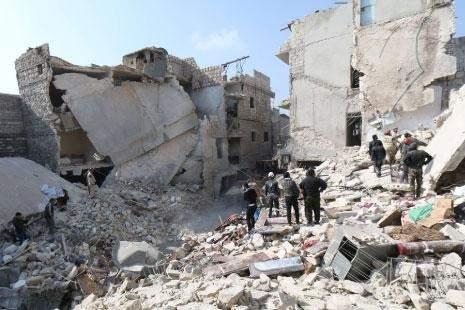 الجيش يُبعد «النصرة» عن «بيروت ـ دمشق» ... و «داعش» عن مطار دير الزور