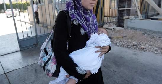 رضيع في لبنان: بعد أن إعتقلته المستشفى.. قتل بخطأ طبي!