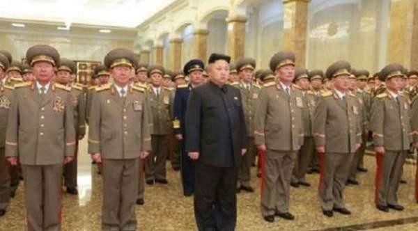 """زعيم كوريا الشمالية يأمر الجيش بالاستعداد لـ """"المعركة"""""""