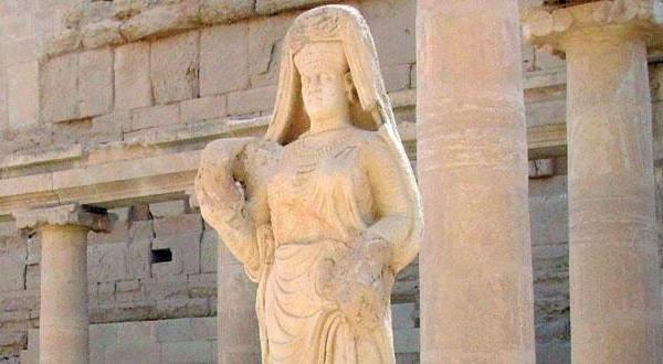 بعد متحف الموصل والنمرود.. «داعش» يدمر الحضر