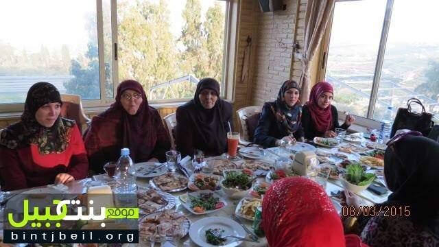 إدارة مدرسة ابداع لذوي الحاجات الخاصة ومدرسة طيور الجنة تكرم معلميها في مطعم الكاشف - تبنين