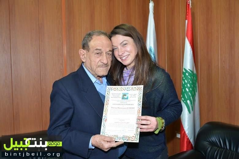 ناشطة إنسانية إيطالية تزور رئيس إتحاد بلديات قضاء صور