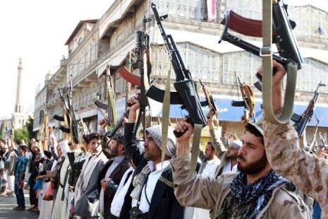«أنصار الله» ترفع العلم اليمني في عدن: ضربة قاصـمة للعدوان