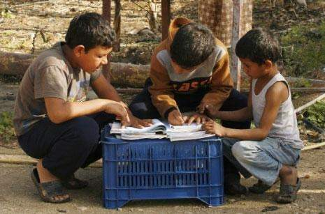 أطفال التلاسيميا يموتون في الرقّة... ومنظمة الصحة العالمية «هون ومش هون»