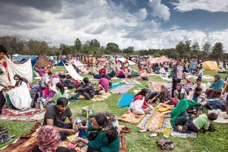 مأساة النيبال تتفاقم: الضحايا يلامسون الـ 10 آلاف!