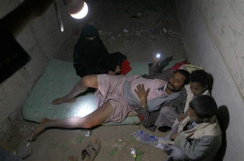 ملايين اليمنيين على شفير الهاوية