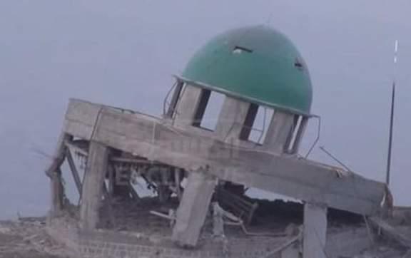 غليان شعبي بعد الاعتداء السعودي على ضريح السيد الحوثي