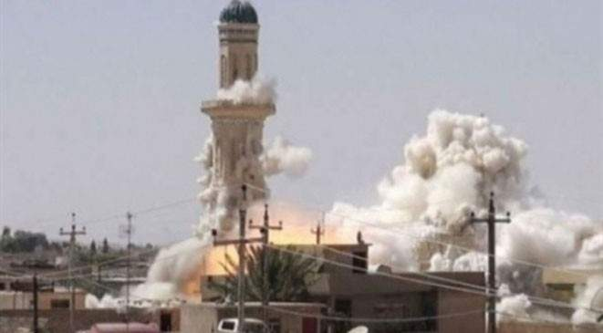 داعش يفجر أكبر مساجد ناحية بادوش غرب الموصل