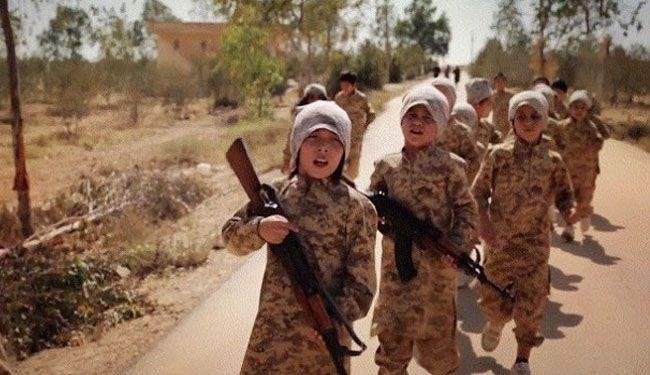 اطفال «داعش» يعدمون 15 مسلحا من التنظيم في بعشيقة