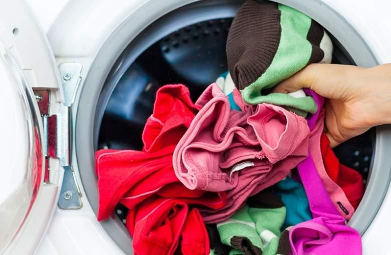 احذروا ارتداء الألبسة الجديدة قبل غسلها